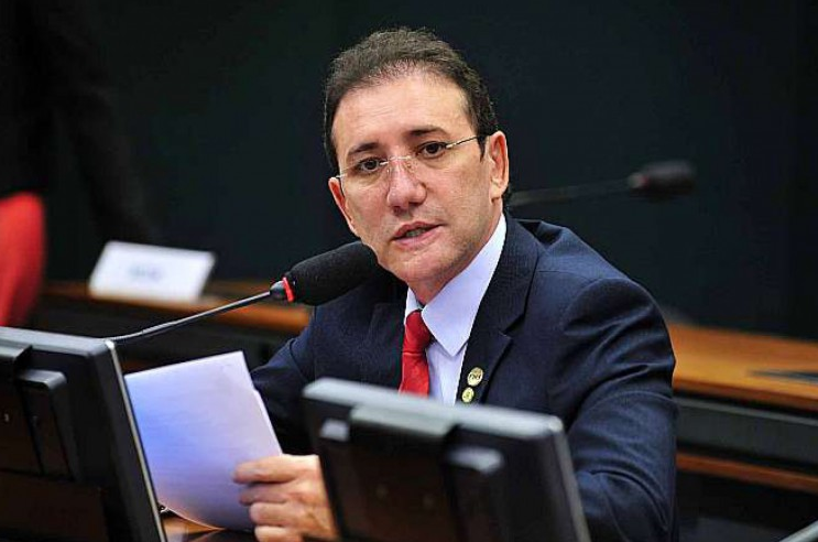 Ex-deputado cearense, Adail Carneiro